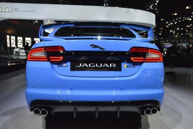 2014-Jaguar-XFR-S-38[2]