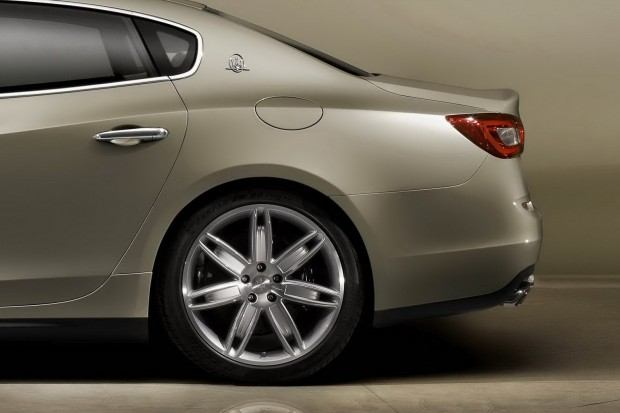 2014-Maserati-Quattroporte-7[2]