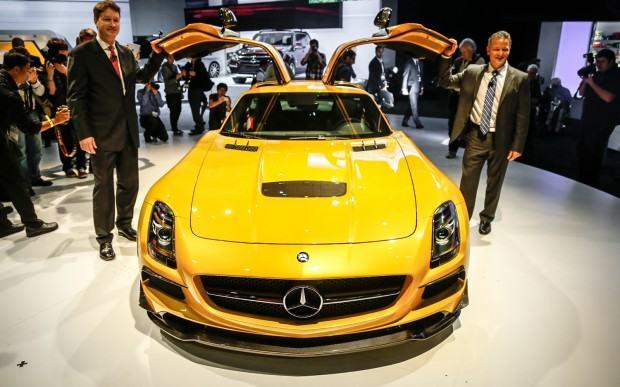 2014-Mercedes-Benz-SLS-AMG-Black-Series-front-end-2