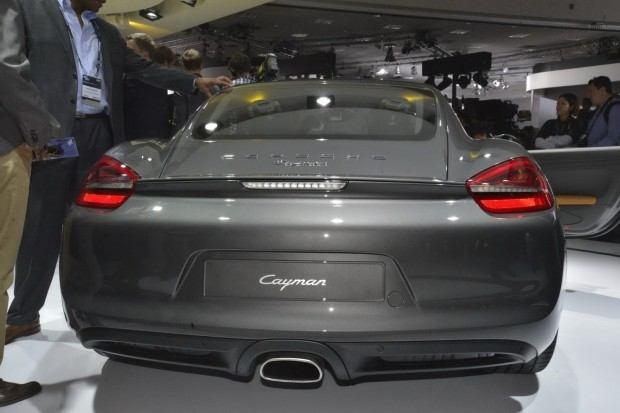 2014-Porsche-Cayman-11[2]