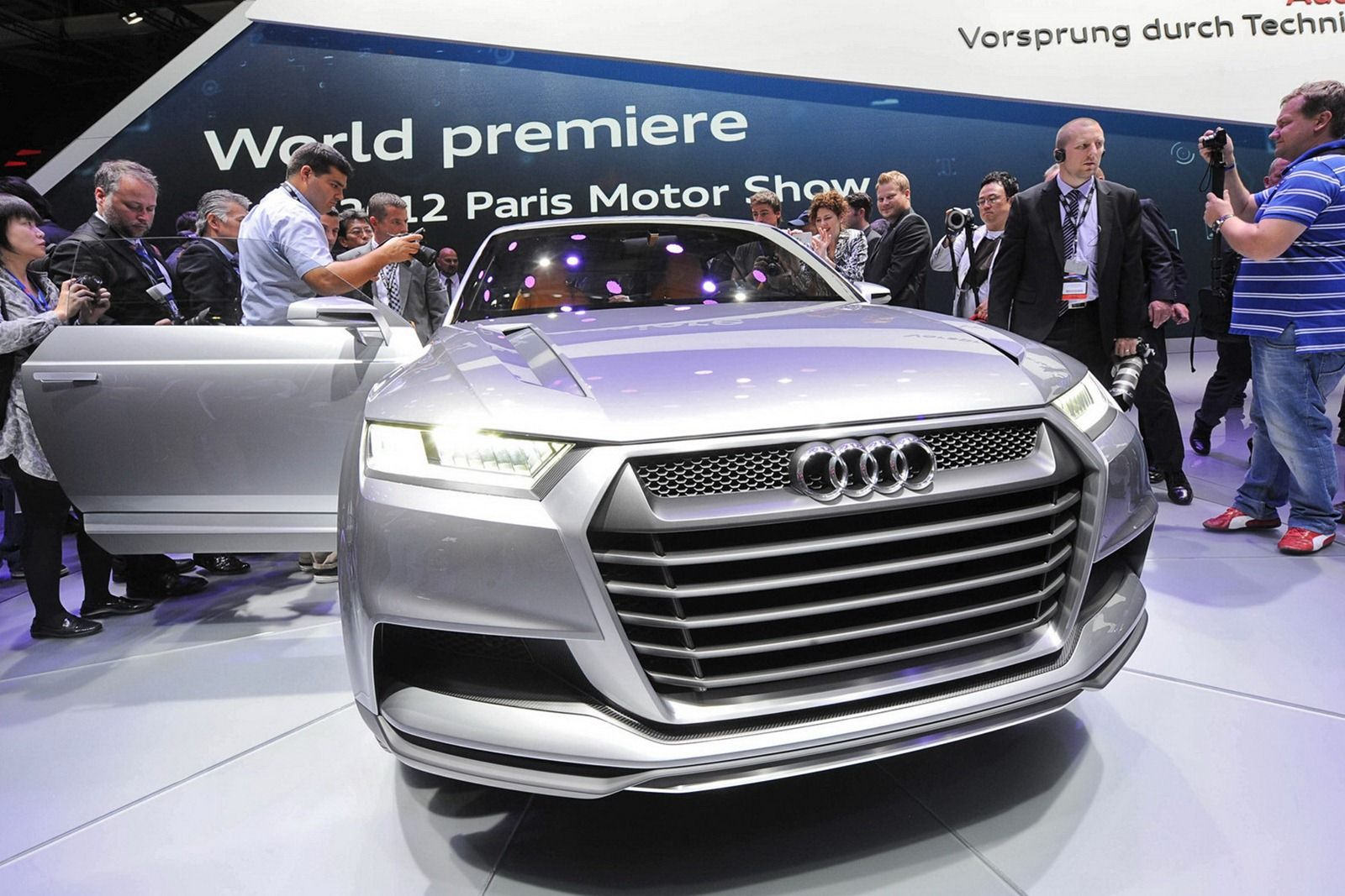 Audi-Crosslane-Coupe-Concept-032