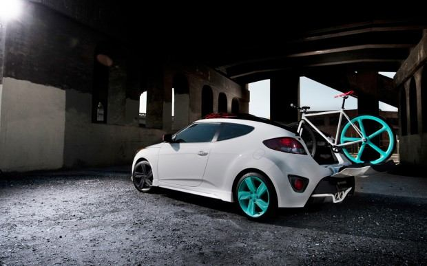 Hyundai-Veloster-C3-Roll-Top-Concept-left-rear-with-fixie-static-1