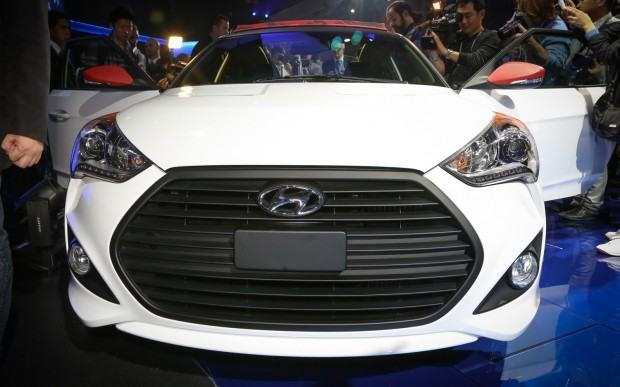 Hyundai-Veloster-C3-Roll-Top-concept-front-end