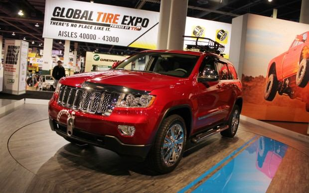 Jeep-Grand-Cherokee-Half-and-Half-front-three-quarter-2