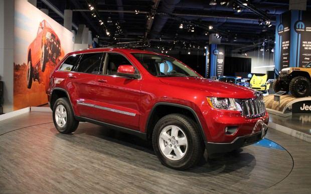 Jeep-Grand-Cherokee-Half-and-Half-front-three-quarters