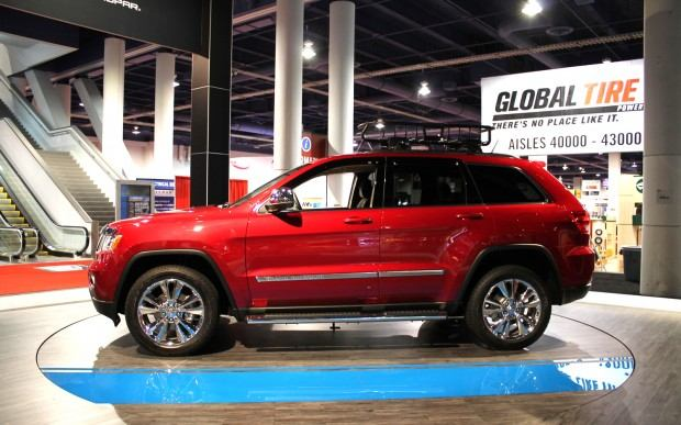 Jeep-Grand-Cherokee-Half-and-Half-side