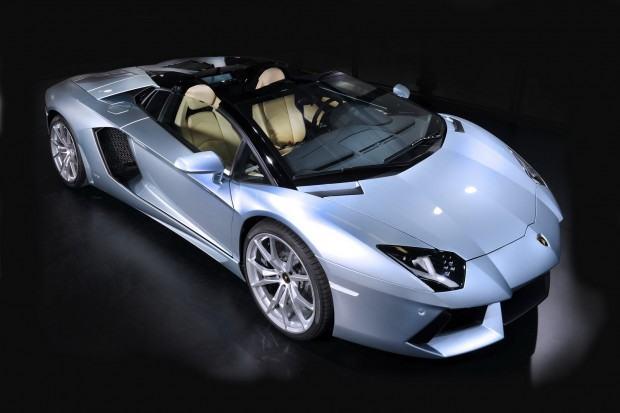 Lamborghini-Aventador-LP-700-4-Roadster-02[2]