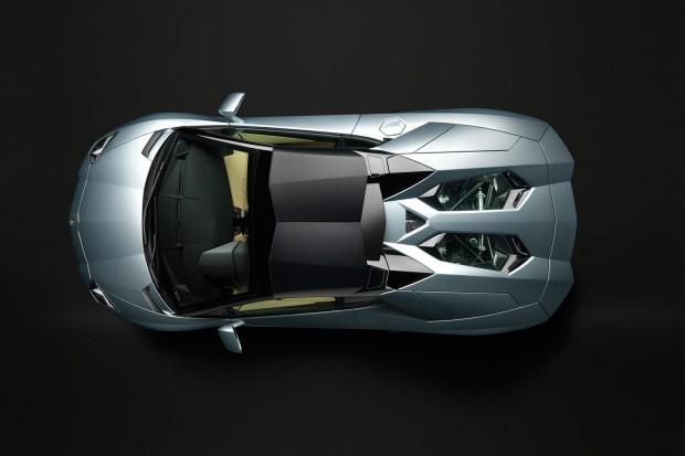 Lamborghini-Aventador-LP-700-4-Roadster-25[3]