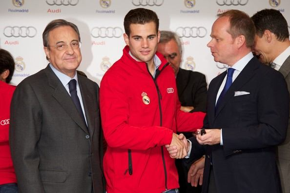 Real+Madrid+Players+Receive+New+Audi+Cars+pxXtwS5Utg-l