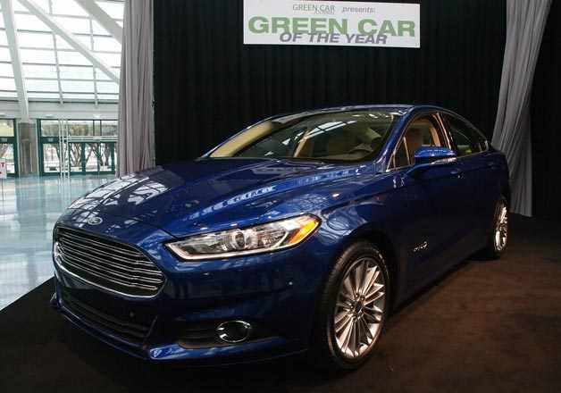 ford-fusion-green-car-of-the-year