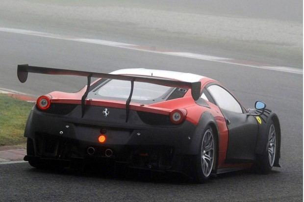 2013-ferrari-458-gt3-race-car_100413972_m