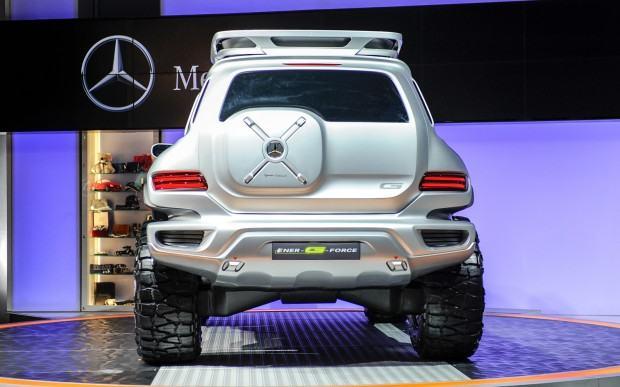 Mercedes-Benz-Ener-G-Force-Concept-rear