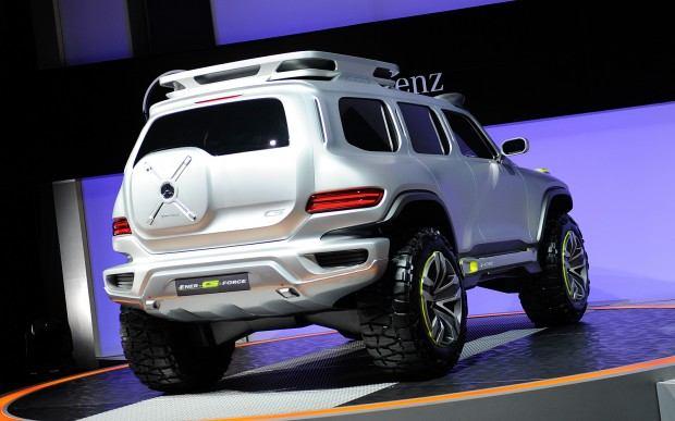 Mercedes-Benz-Ener-G-Force-Concept-rear-view