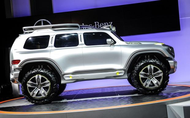 Mercedes-Benz-Ener-G-Force-Concept-side-view