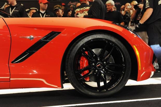 11-2014-chevrolet-corvette-bj