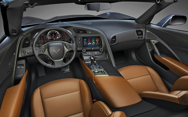 2014-Chevrolet-corvette-Stingray-interior