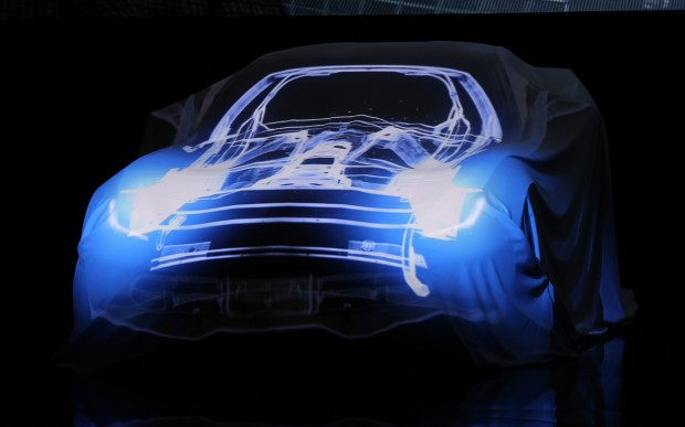 2014-chevrolet-corvette-live-reveal-under-wraps