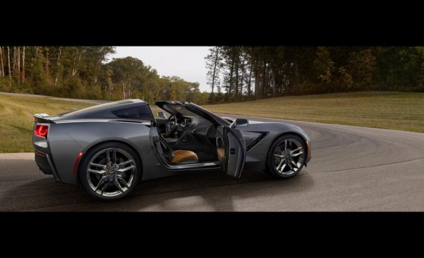 2014-chevrolet-corvette-stingray-photo-496756-s-787x481