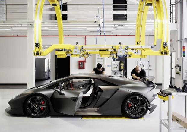 Lamborghini-Sesto-Elemento-fabriek-01