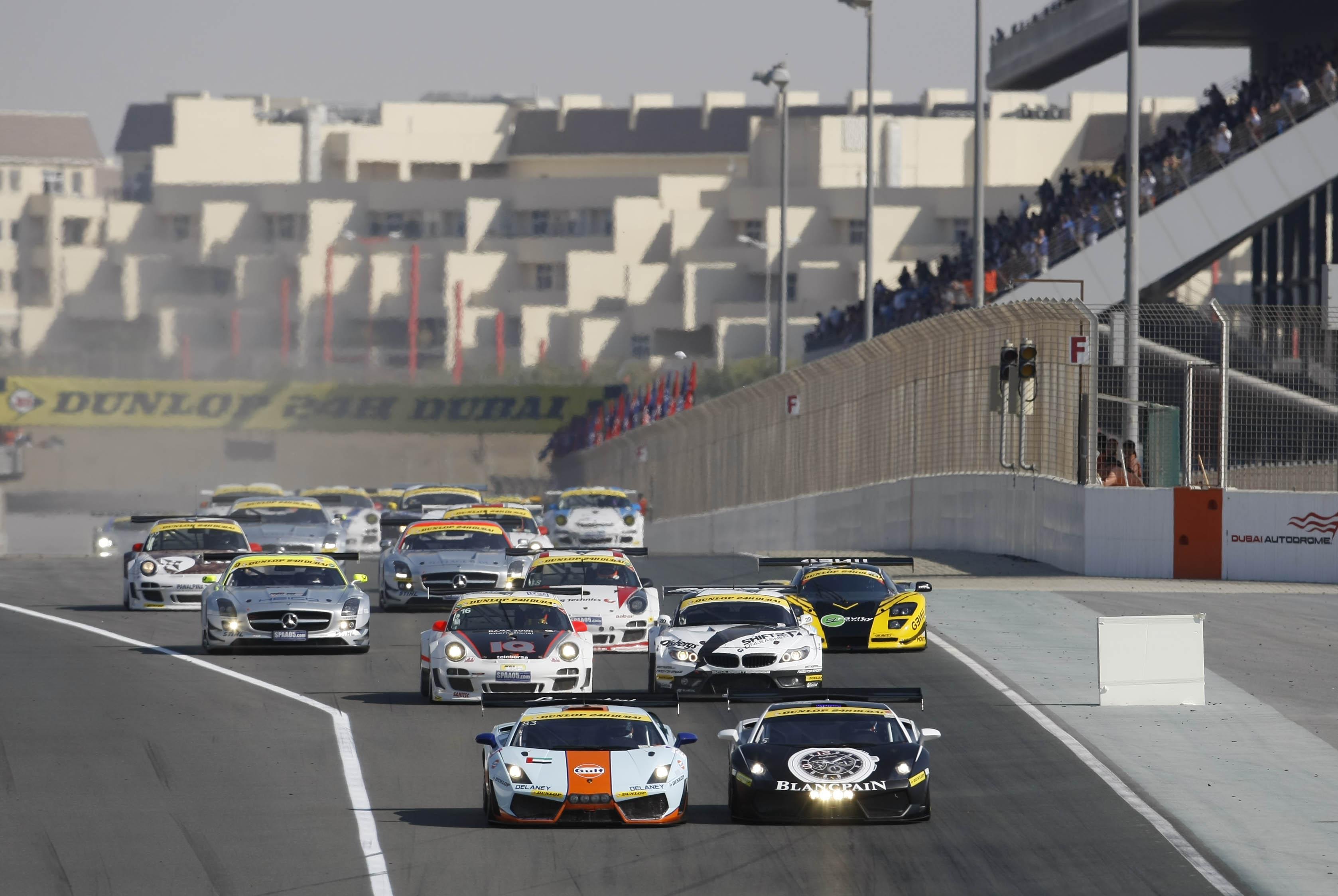 Start-Dunlop-24H-Dubai