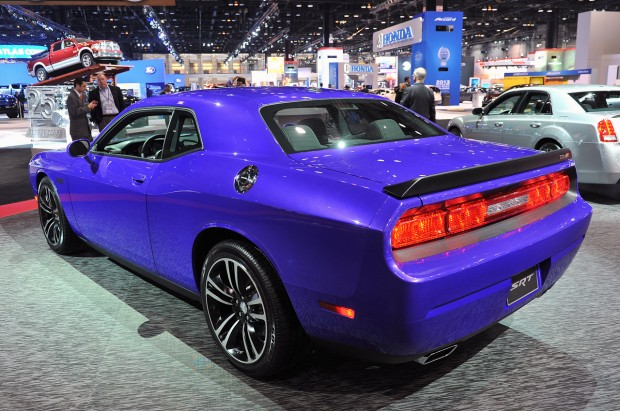 02-2013-dodge-challenger-srt8-core-chicago