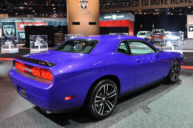 03-2013-dodge-challenger-srt8-core-chicago