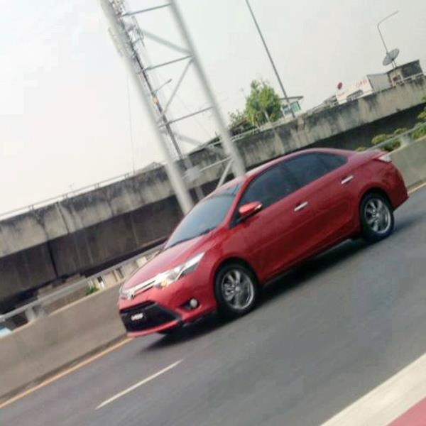 2014-Toyota-Corolla[3] (1)