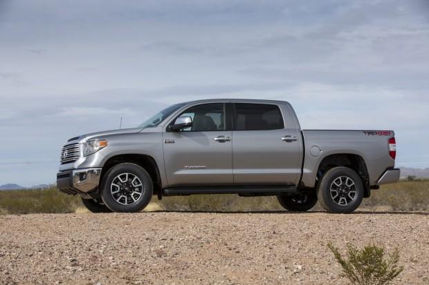 2014-Toyota-Tundra-14[2]