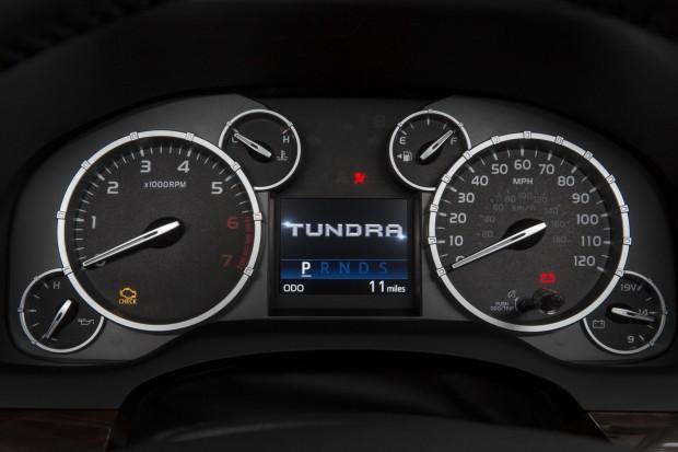 2014-Toyota-Tundra-28[2]