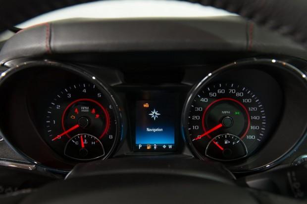 2014_Chevrolet_SS_Interior10.jpg