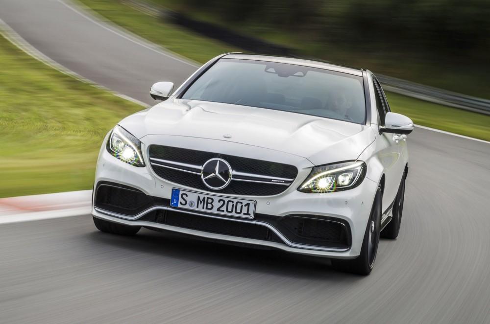 2015-Mercedes-C63-AMG-2