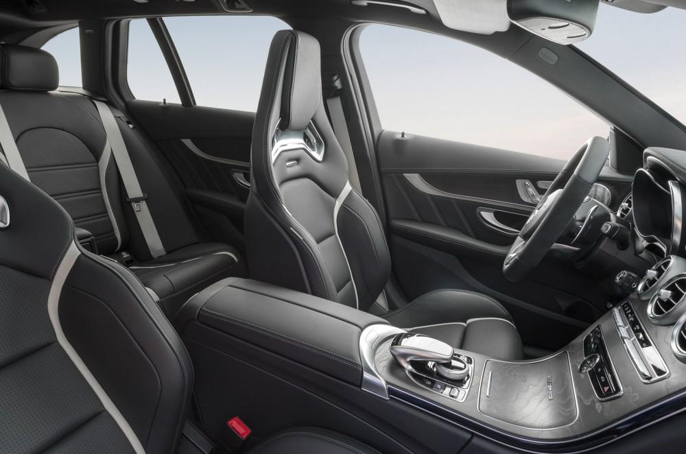 2015-Mercedes-C63-AMG-20