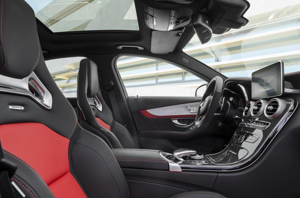 2015-Mercedes-C63-AMG-4