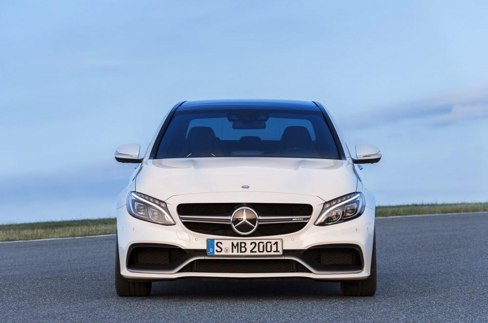 2015-Mercedes-C63-AMG-5