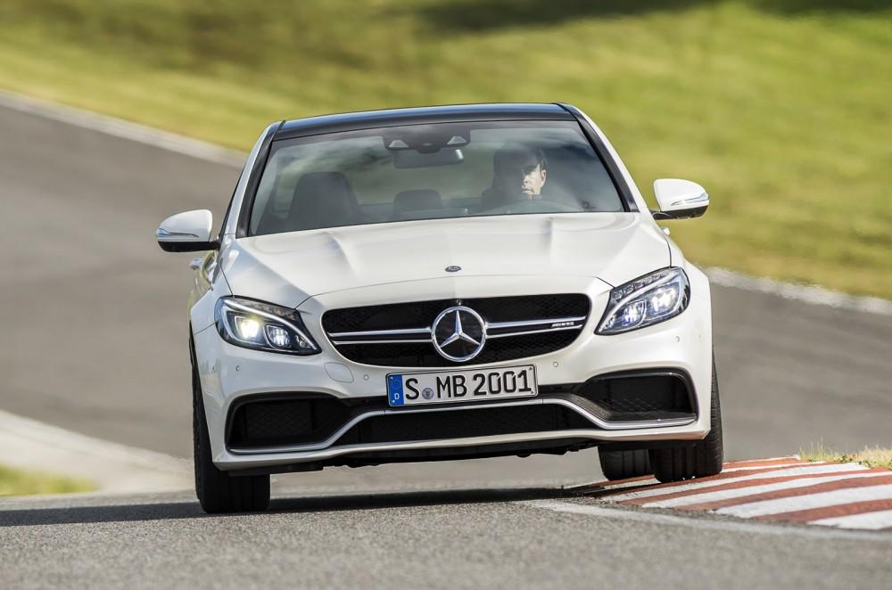 2015-Mercedes-C63-AMG-8