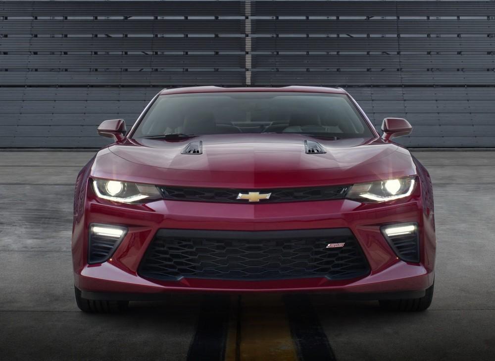 2016-Chevrolet-Camaro-08