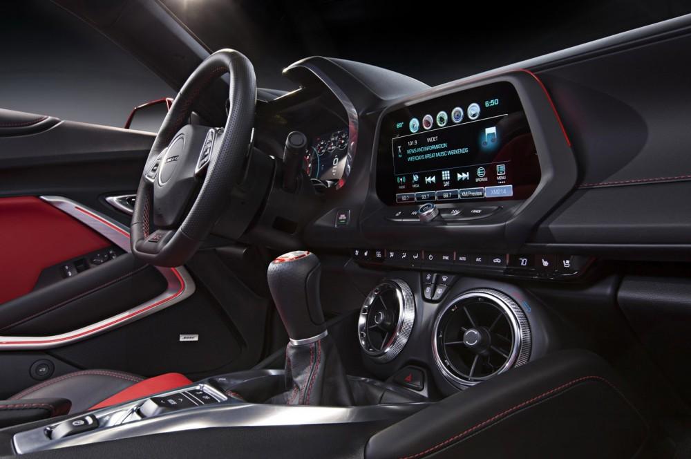 2016-Chevrolet-Camaro-24