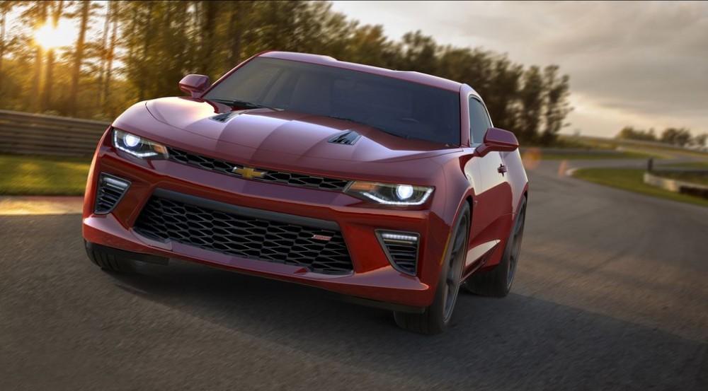 2016-Chevrolet-Camaro-SS-005.0