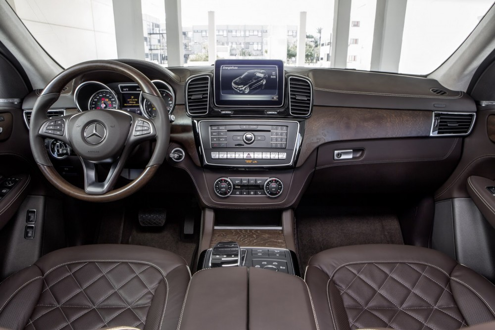 2016-Mercedes-Benz-GLE-37