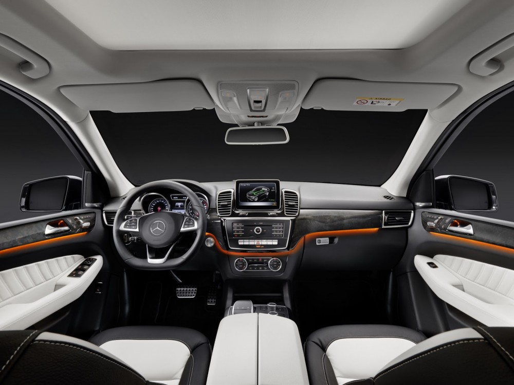2016-Mercedes-Benz-GLE-48