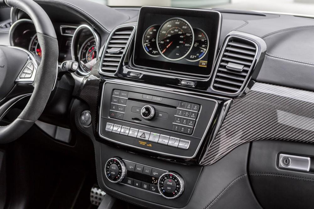 2016-Mercedes-Benz-GLE-54