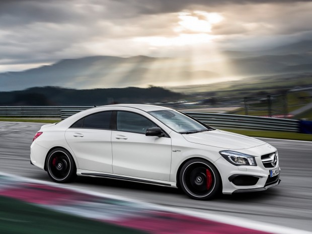 New-Mercedes-CLA-45-AMG-15[2]