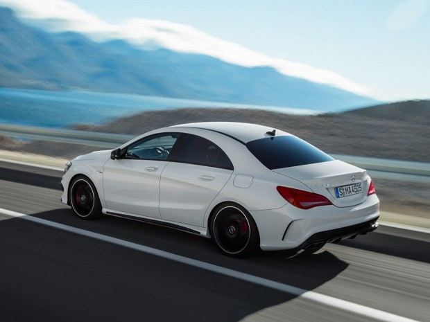 New-Mercedes-CLA-45-AMG-5[2]