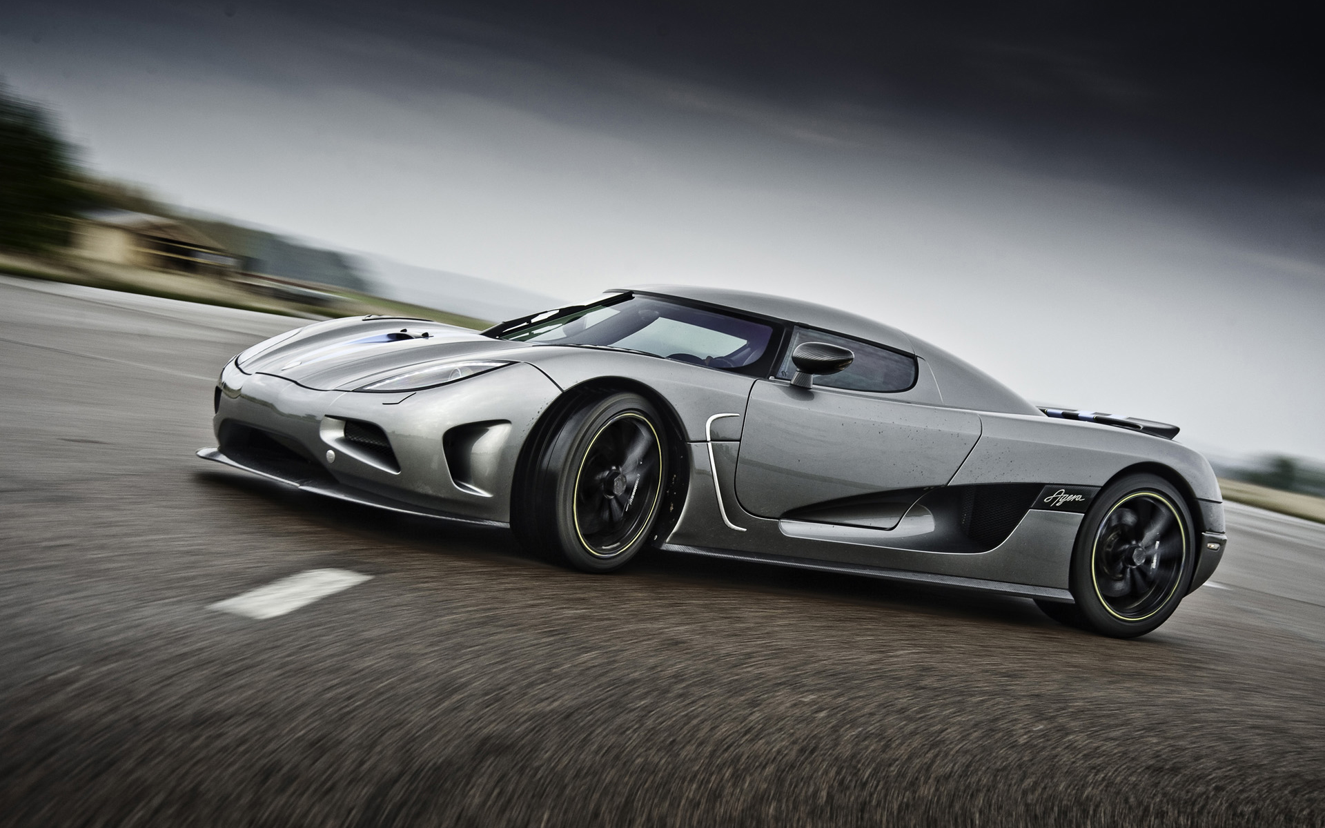 Video-Koenigsegg-And-Drive-Team-Up-To-Produce-Web-Series