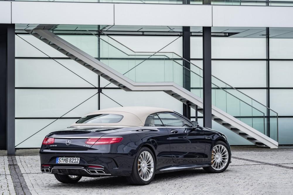 Mercedes-AMG S 65 Cabrio, Exterieur: Anthrazithblau exterior: anthracite blue, fabric soft top beige