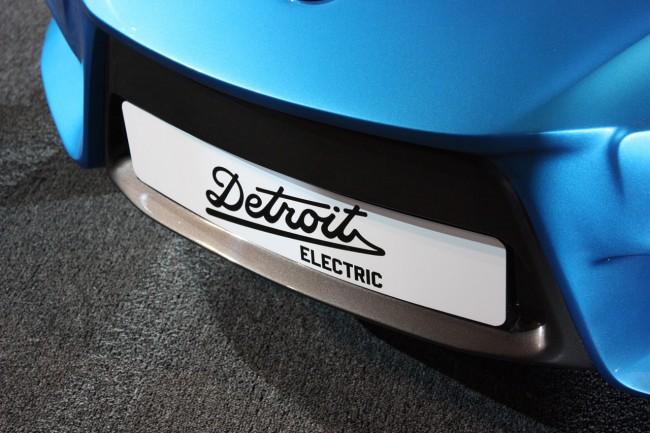 019-detroit-electric-sp01-live