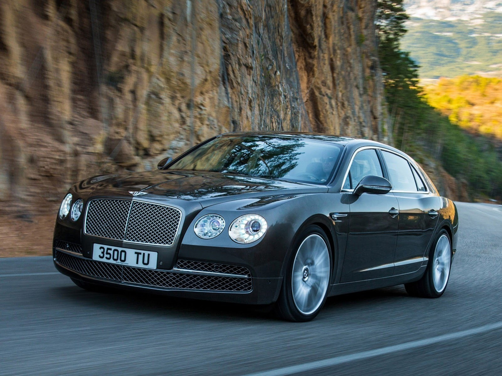 2014-Bentley-Continental-Flying-Spur-2[3]