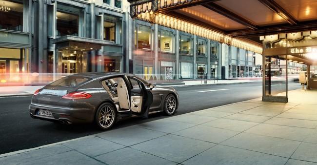 2014-Porsche-Panamera-4S-1[2]