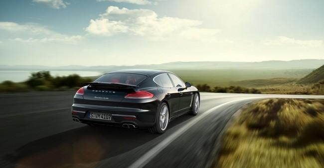 2014-Porsche-Panamera-Turbo-2[2]