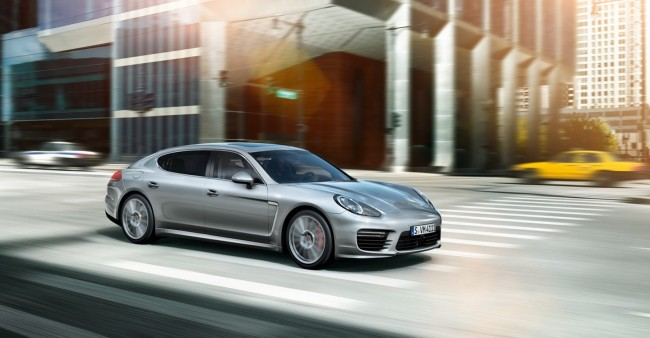 2014-Porsche-Panamera-Turbo-Executive-1[2]